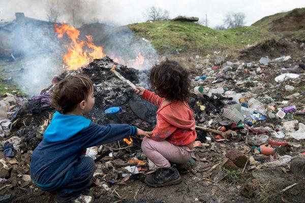 gåvobutiksbild romer i rumänien